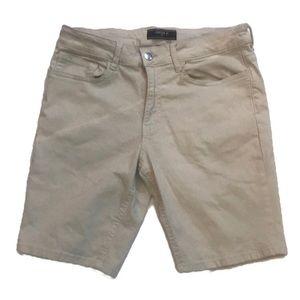 """""""FOREVER 21"""" Men's Off White Shorts ."""